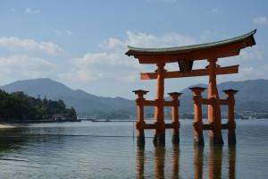 shrine-1030445_1280